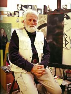 کیتای در استودیوی خود در لُسانجلس، عکس از پُل اُکانر، ۲۰۰۳ پژواک معناها؛ گفتوگو با رانِلد کیتای پژواک معناها؛ گفتوگو با رانِلد کیتای 3