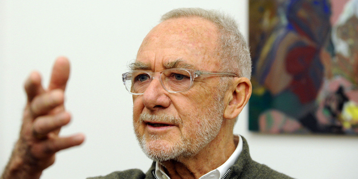 Gerhard-Richter-portrait-photo-credits-Norbert-Millauer-Getty-Images